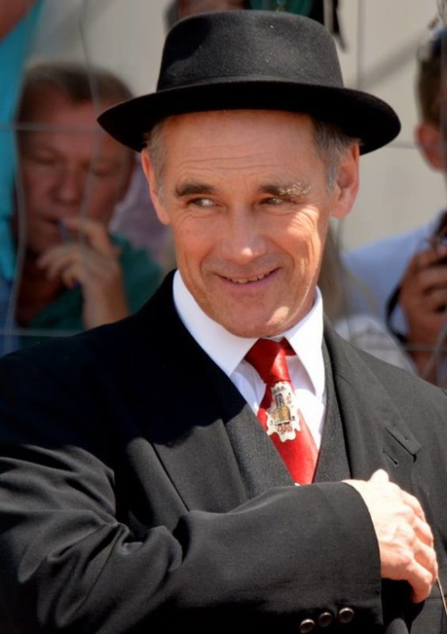 512px-Mark_Rylance_Cannes_2016