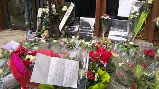 Rassemblement_collège_conflans_17_10_20_-_fleurs_1