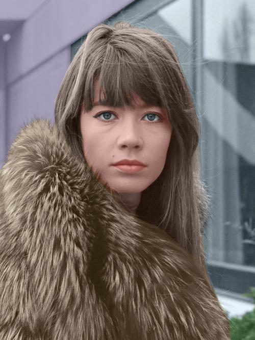 Francoise_Hardy_1969_Colorized